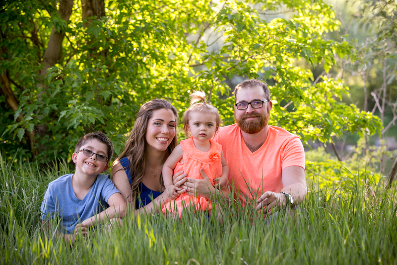 Collin Stumpf Photography Family Photographs in Regina park